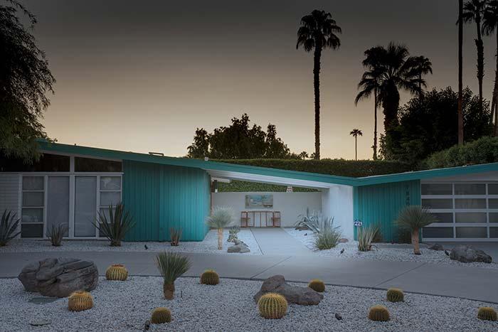 Casas baratas: construções unidas pelo mesmo telhado