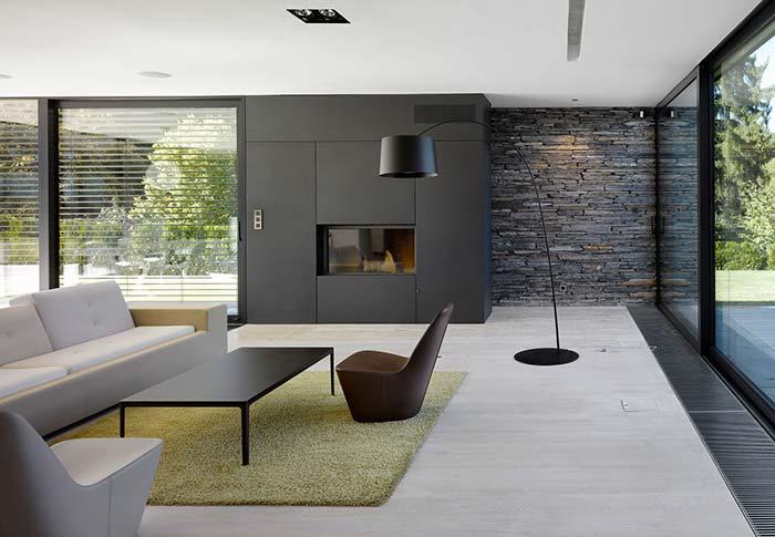 Filete de pedras em combinação total com a decor interna