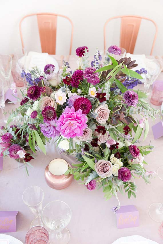 Flores para casamento do campo garantem arranjos coloridos e diversificados
