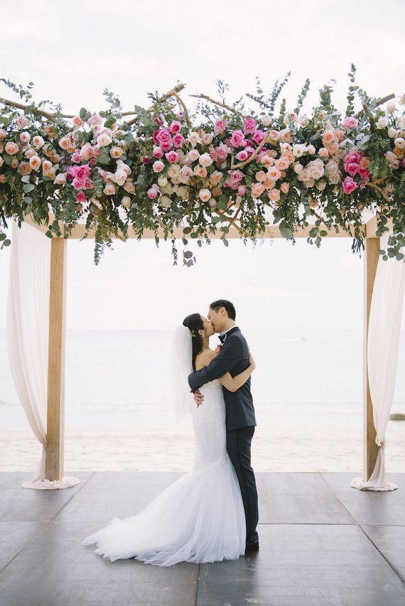 Flores para casamento: lisianthus é uma opção de flor barata e bonita para casamentos