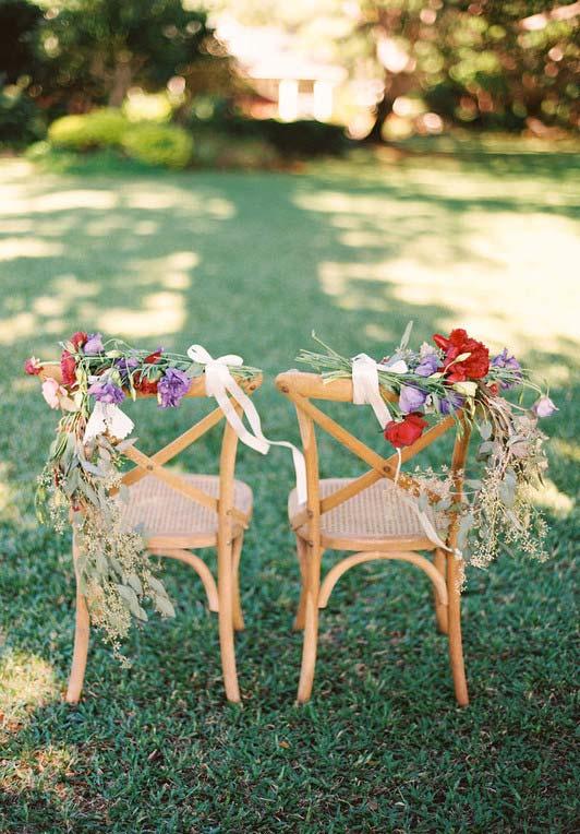 Casamento com flores do cammpo