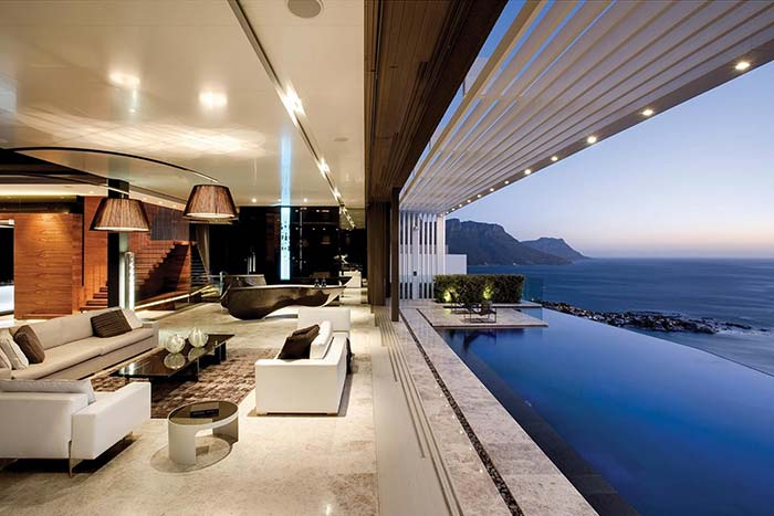 Se para você, sinônimo de casa perfeita é elegância e requinte, então essa casa é sua musa inspiradora