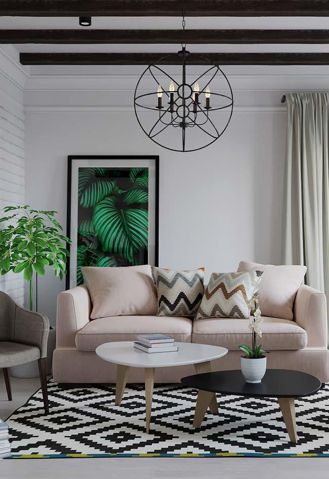 Sala com combinação de cores clássicas e elegantes