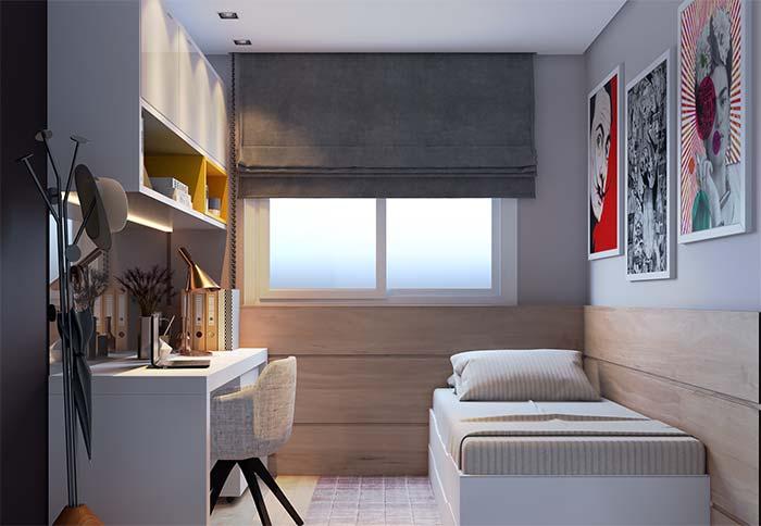 Um nicho para quarto colorido em meio ao ambiente de tom neutro