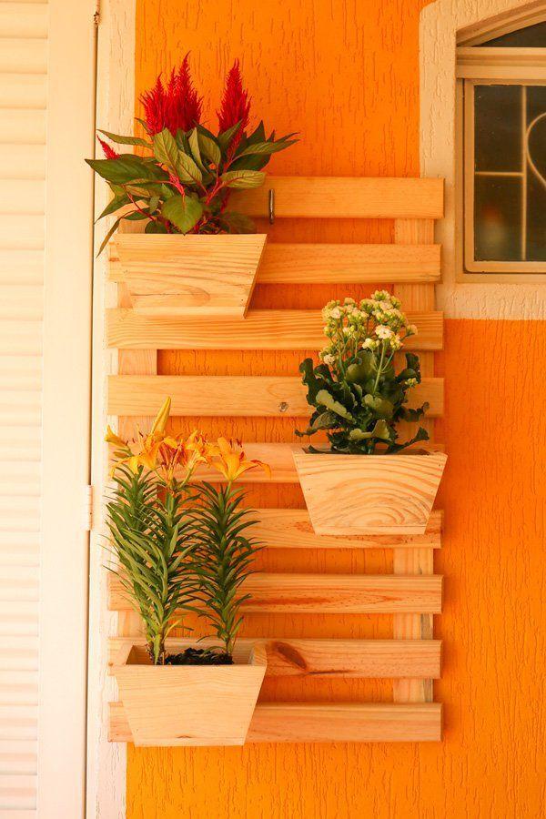 Modelo simples e fácil de jardim vertical de pallets para copiar e fazer também