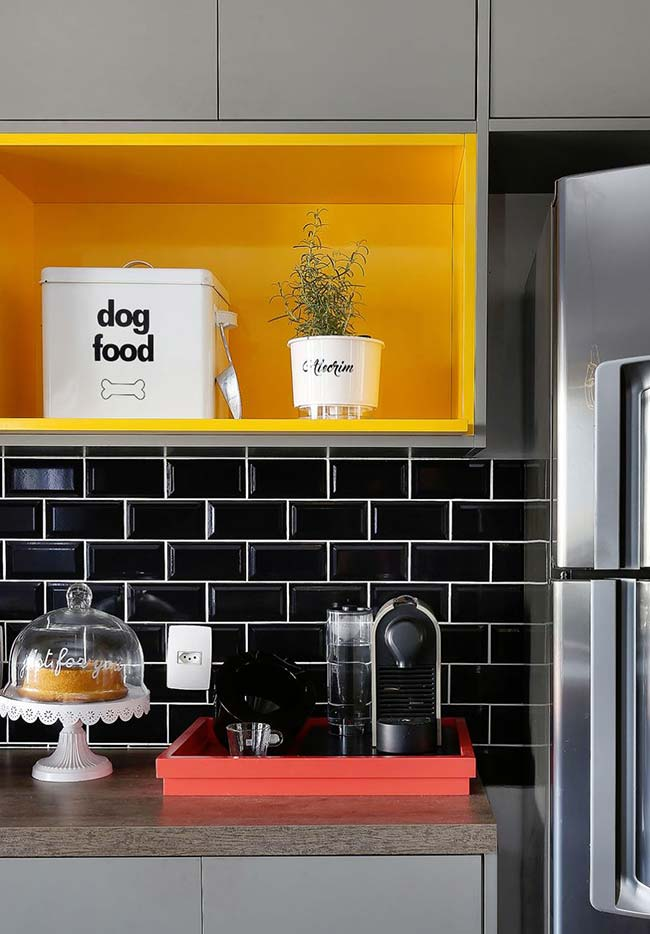 A cozinha é a cara dos móveis laqueados