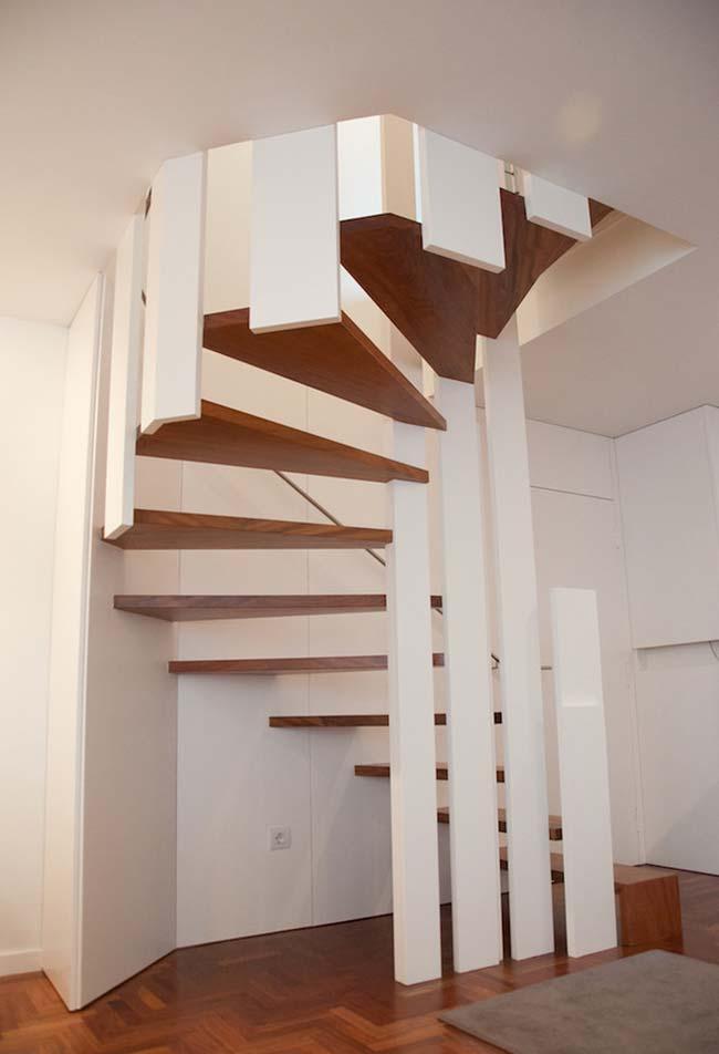 Outra ideia de nicho para escada espiral diferente