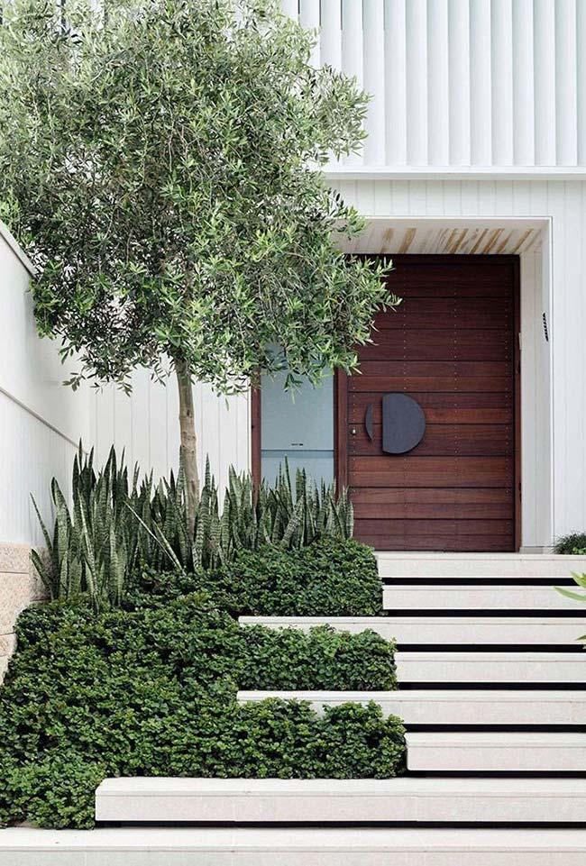 O jardim que pertence a escada ou a escada que pertence ao jardim?