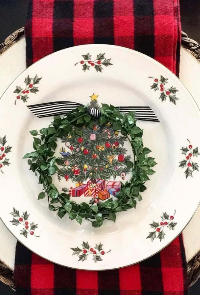 Mini-guirlanda de Natal para trazer proteção para todos os seus convidados.