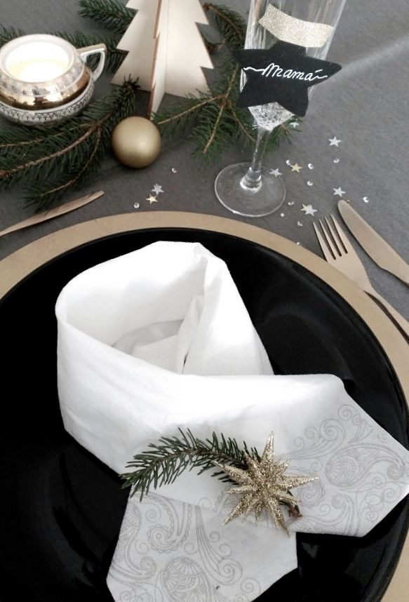 Marque lugares de forma personalizada para cada convidado se sentir único nesta data
