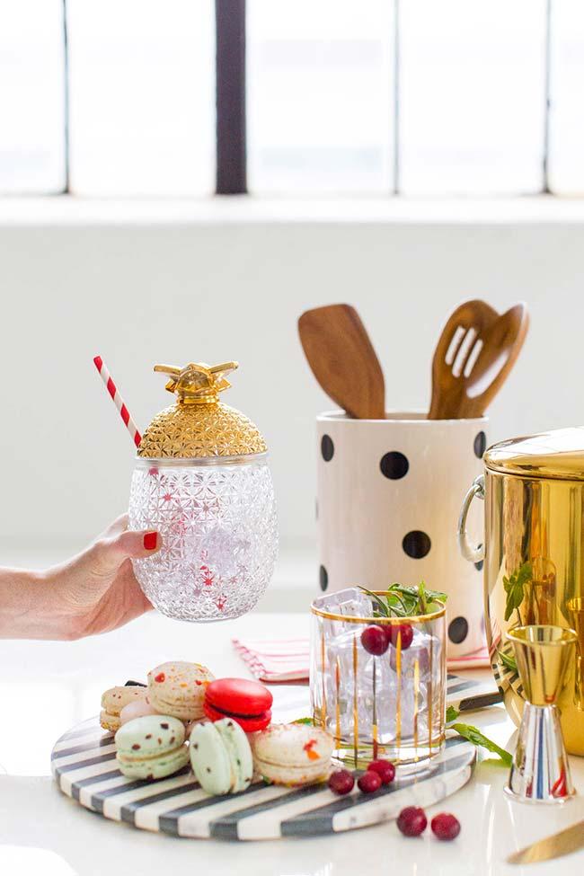Natal tropical: saia da decoração tradicional de Natal e crie uma personalizada
