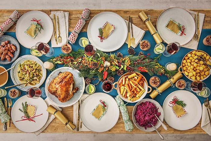 Mas não esqueça de deixar espaço para os pratos desta ceia entre os elementos decorativos
