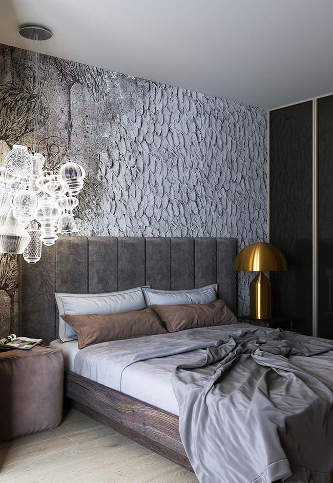 Papel de parede nos mesmos tons da decoração do quarto