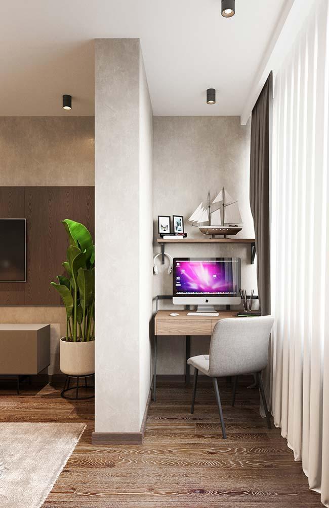 Repare como o cortineiro embutido alonga o pé-direito do ambiente e garante elegância extra à decoração