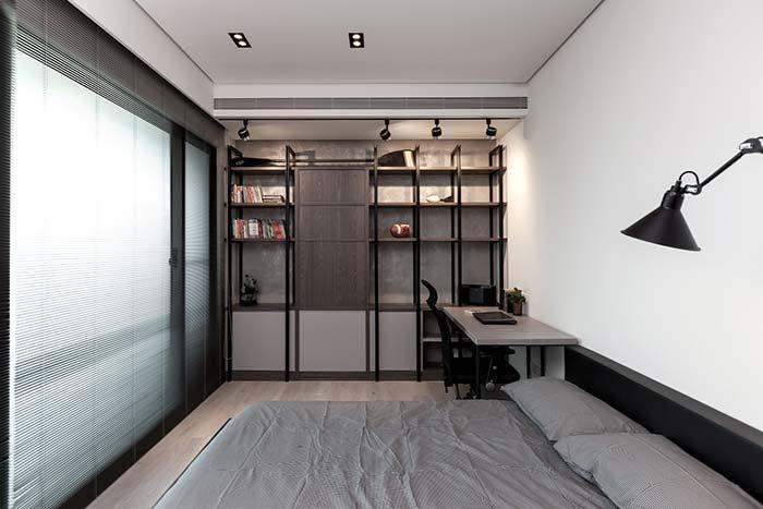 Originalmente o cortineiro desse quarto é embutido