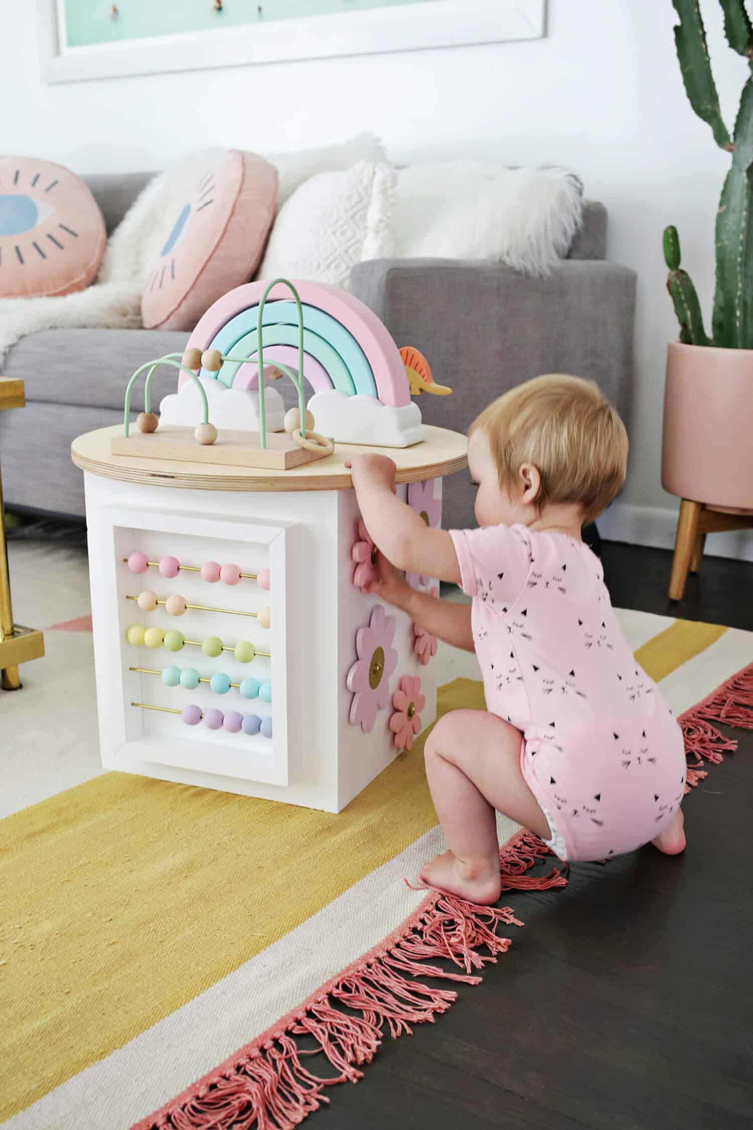 Brinquedinho das crianças no estilo faça você mesmo