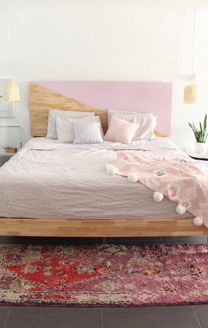Um dos artesanatos mais procurados e fáceis de fazer hoje em dia é cabeceira de cama