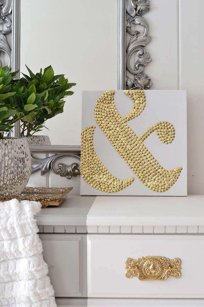 Se você quer uma decoração cheia de classe e estilo invista nas cores metálicas
