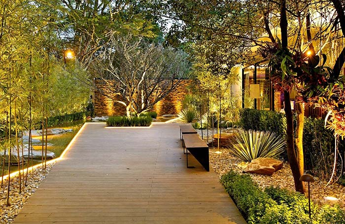 Iluminação de jardim: dicas para fazer e 60 inspirações