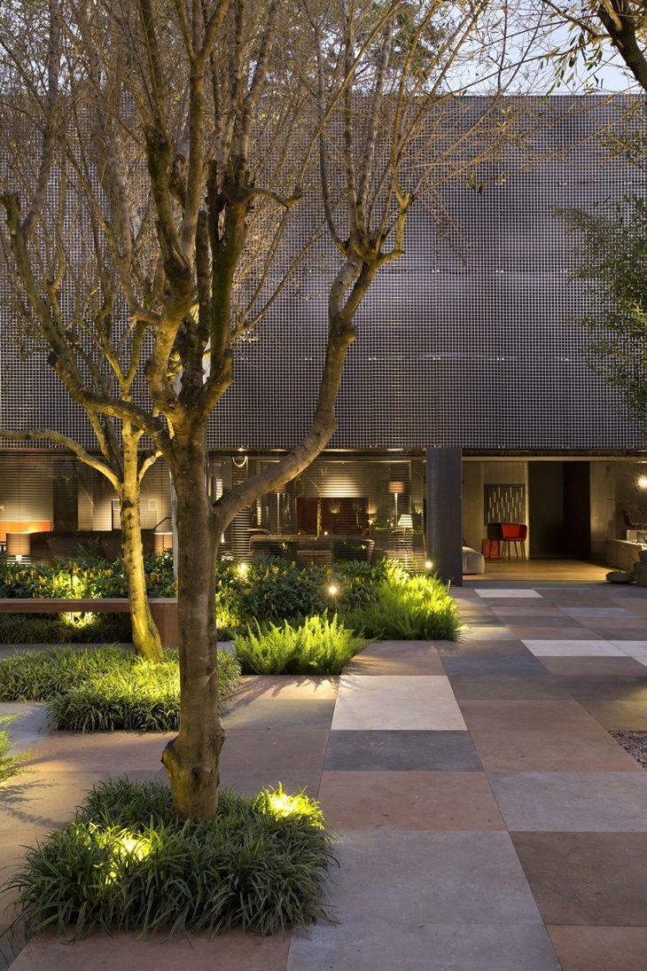 Iluminação de jardim com plantas de LED