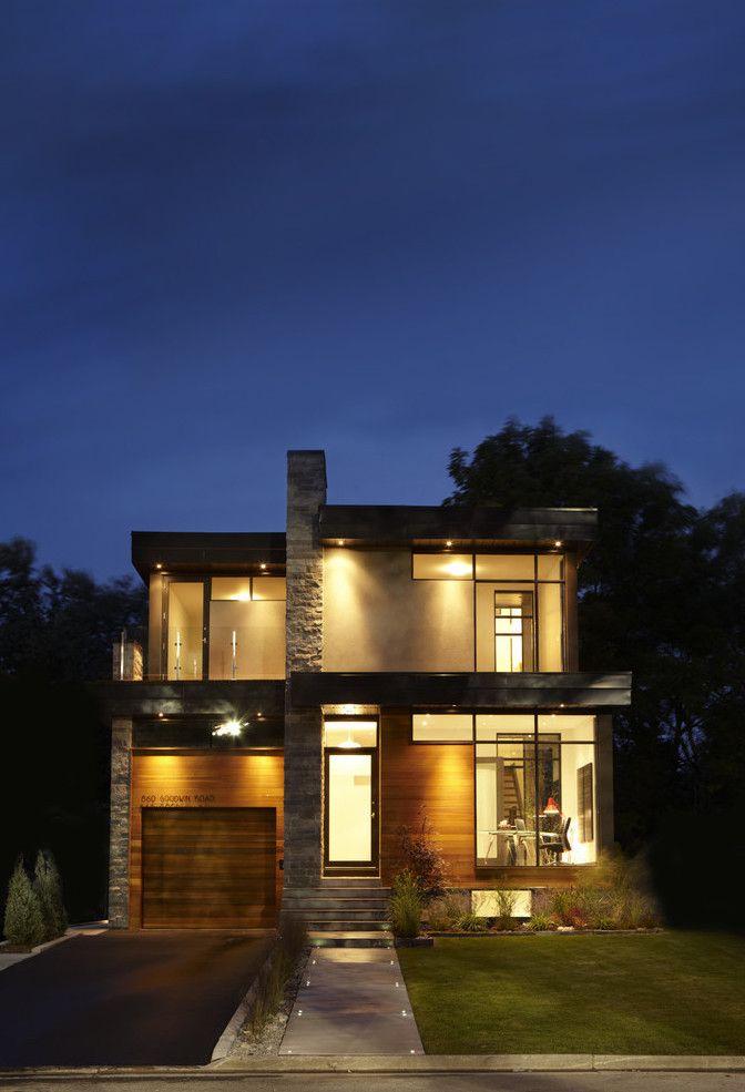 A aparência rústica da Miracema ajuda a criar volume na fachada da casa