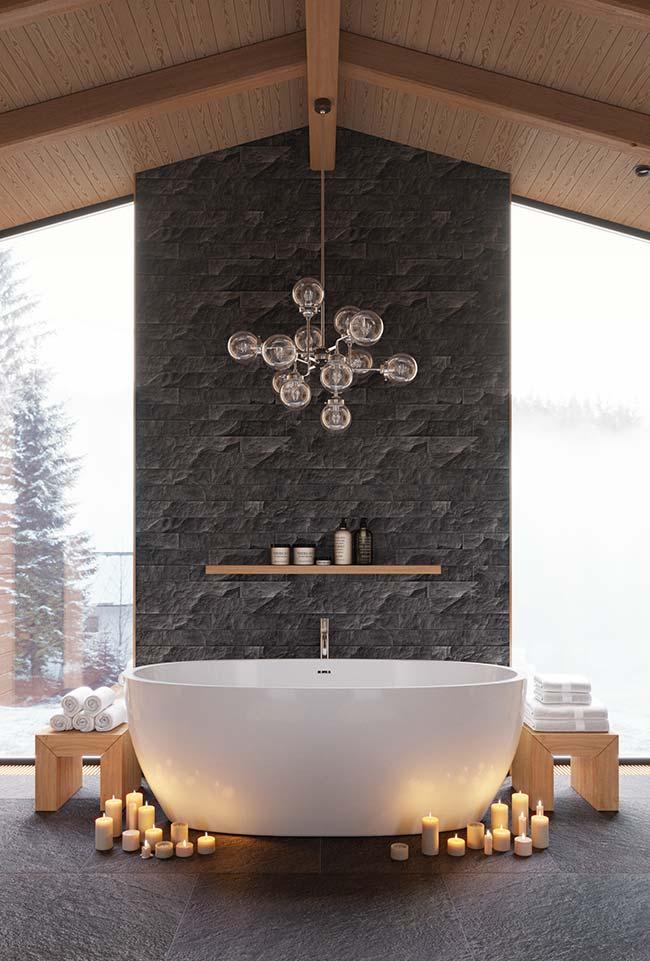 Quem diria que a mesma Miracema cinza usada em calçadas pode compor um banheiro elegante e sofisticado como esse