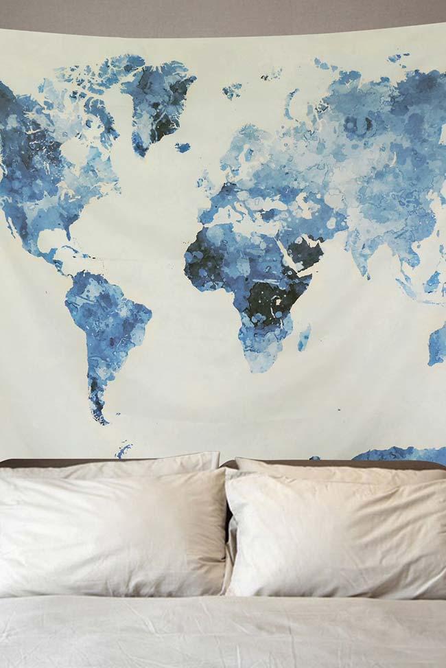 Mapa mundi pintado à mão para decorar a parede do quarto