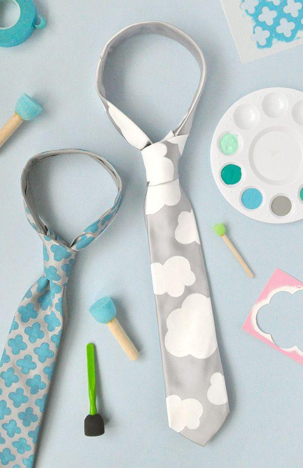 Gravatinhas pintadas com a ajuda de estêncil, uma graça