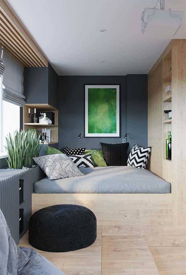 A possibilidade de usar as mesmas cores e materiais em todo o projeto do ambiente é outra vantagem dos móveis planejados
