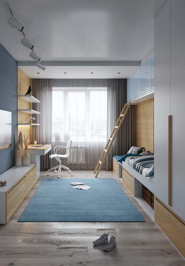 Até o teto: aproveitar todo o espaço da parede é outra característica dos móveis planejados