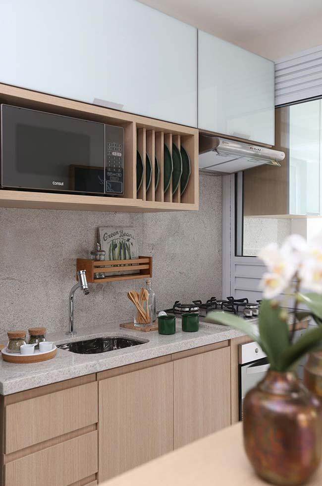 Eletros embutidos na cozinha planejada