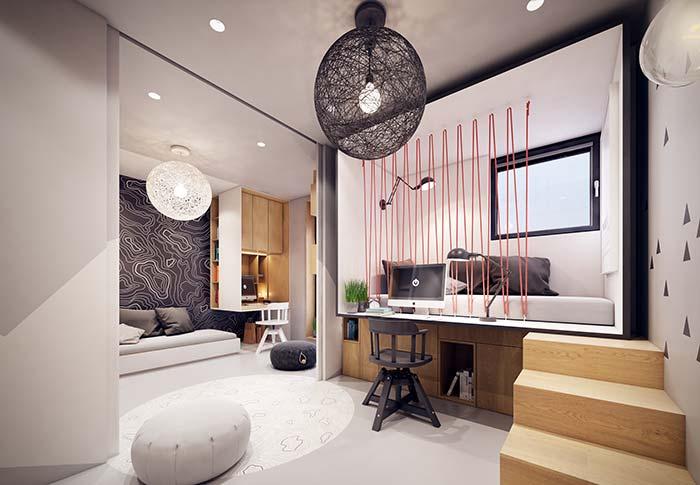 Home office e quarto na mesma linha; destaque para o aproveitamento do espaço sob o quarto