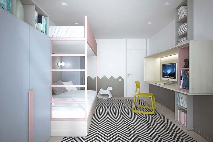 Quarto infantil todo planejado apostou em formas e cores modernas para os móveis