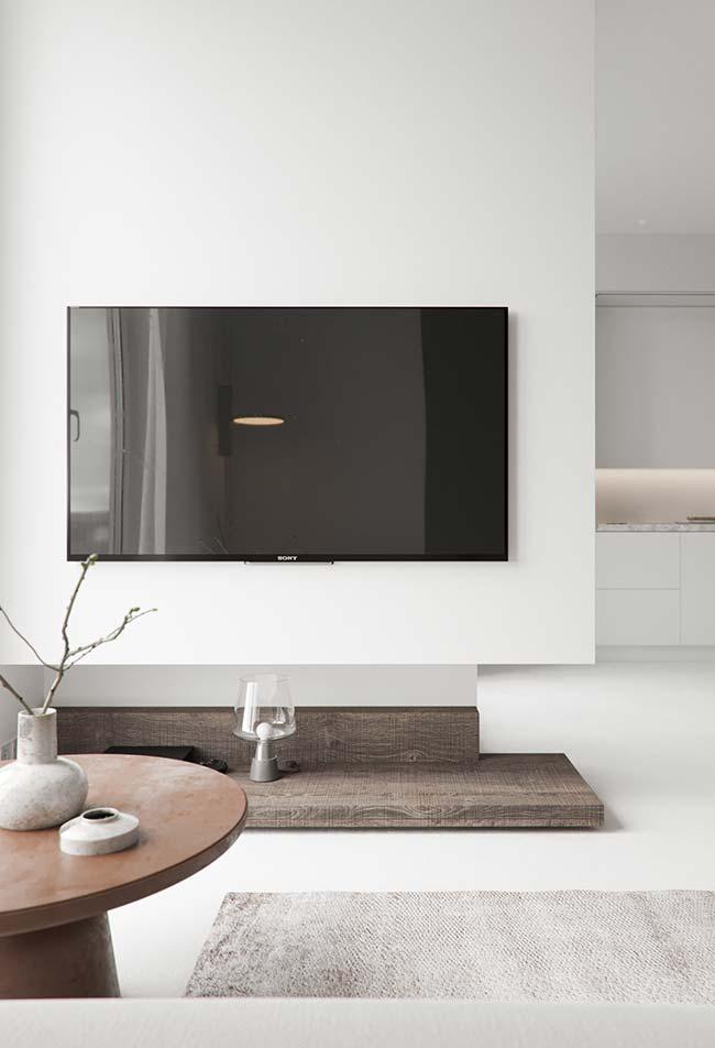 Cores de tintas: se quiser dar amplitude e luminosidade ao ambiente, aposte em paredes brancas.