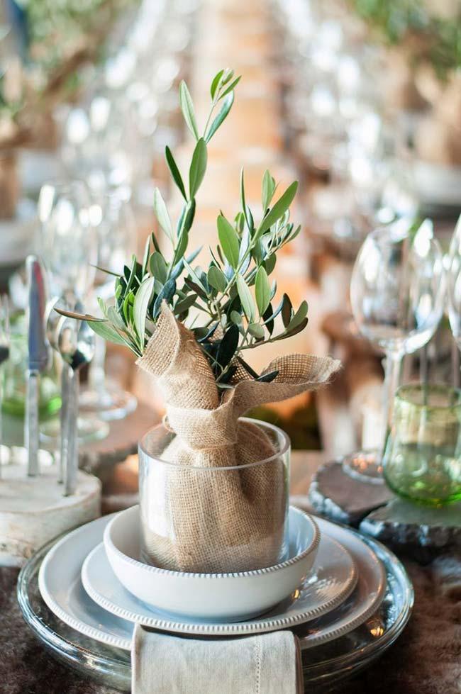 Decoração com juta: presenteie seus convidados com um lindo vaso revestido com juta