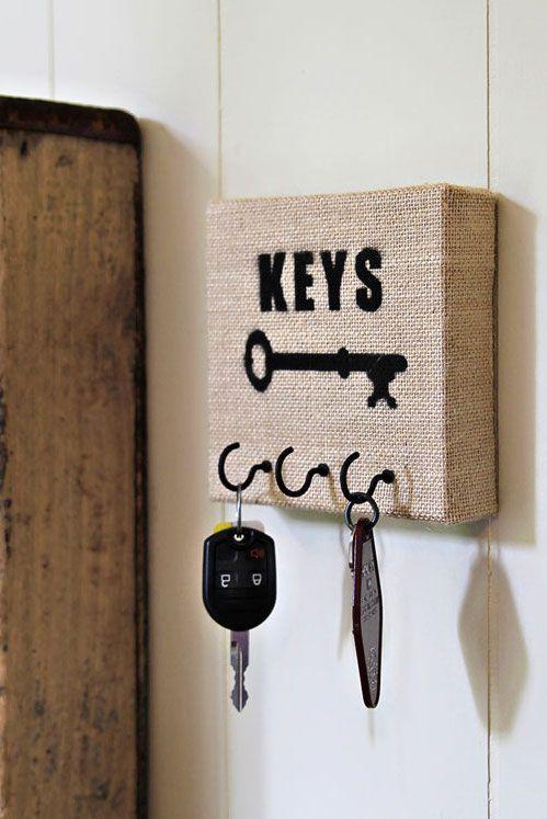 Fácil e simples de fazer: porta chaves de juta estampado com tinta preta