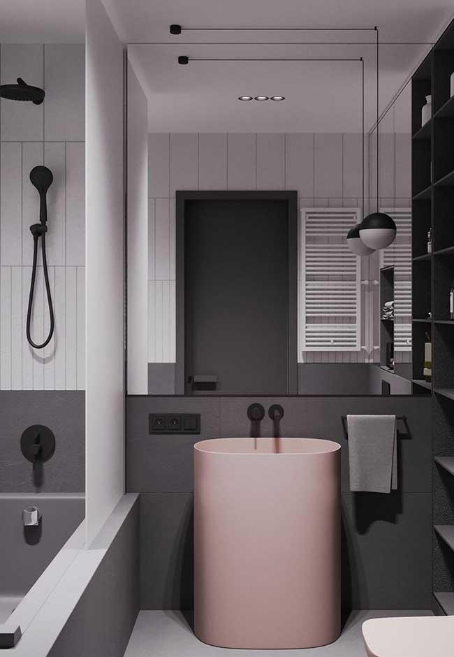 Banheiro spa com foco na tendência moderna e minimalista