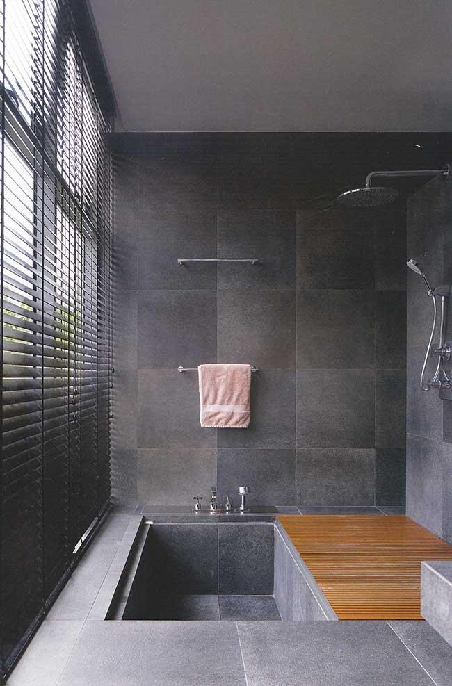 Banheiro spa com piso de ardósia