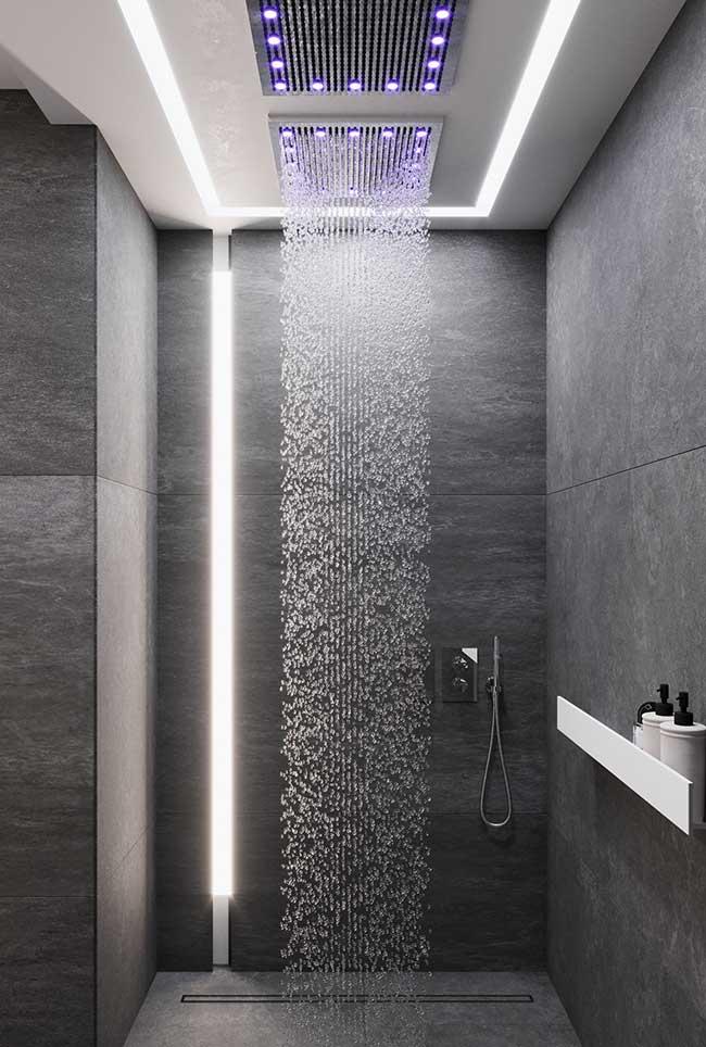 Ducha perfeita para o banheiro spa