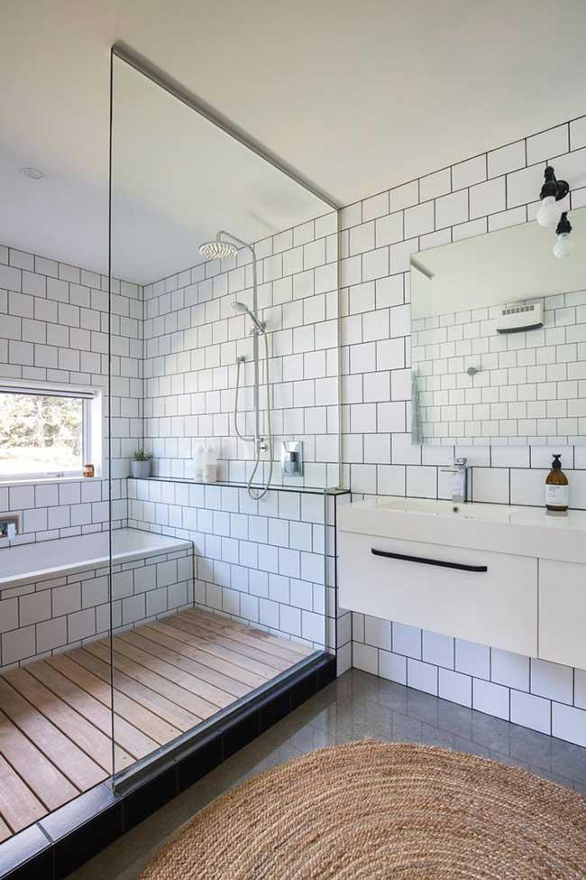Tapete de sisal na área seca do banheiro