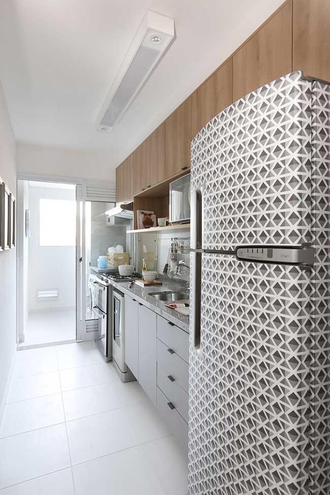 Uma estampa mais moderna no envelopamento para combinar com a cozinha