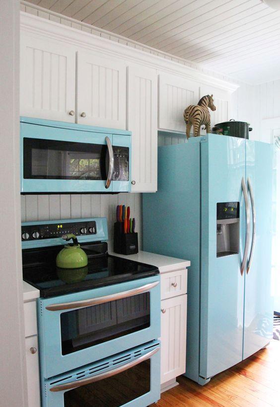 Envelopamento de geladeira para uma cozinha uniforme