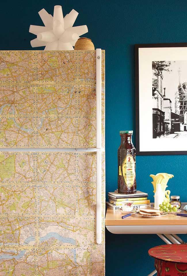 E para os viajantes de plantão a dica é uma geladeira envelopada com mapa