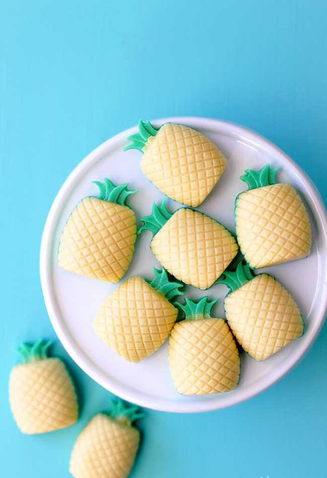 E esses abacaxis então? Você pode deixá-los na cozinha perfumando o ambiente