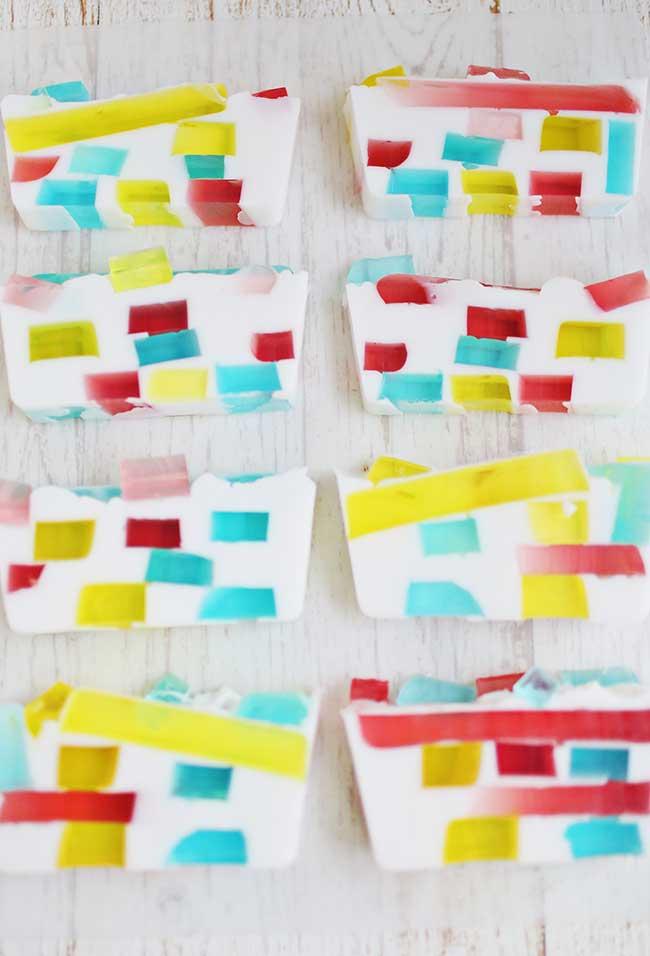 Sabonete decorado que lembram sobremesas