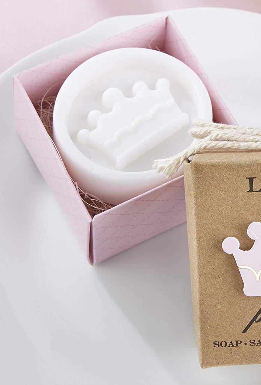 Para valorizar ainda mais o seu sabonete decorado, coloque-o dentro de uma caixinha bem bonita