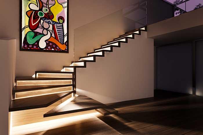 Fita de LED para iluminar a escada