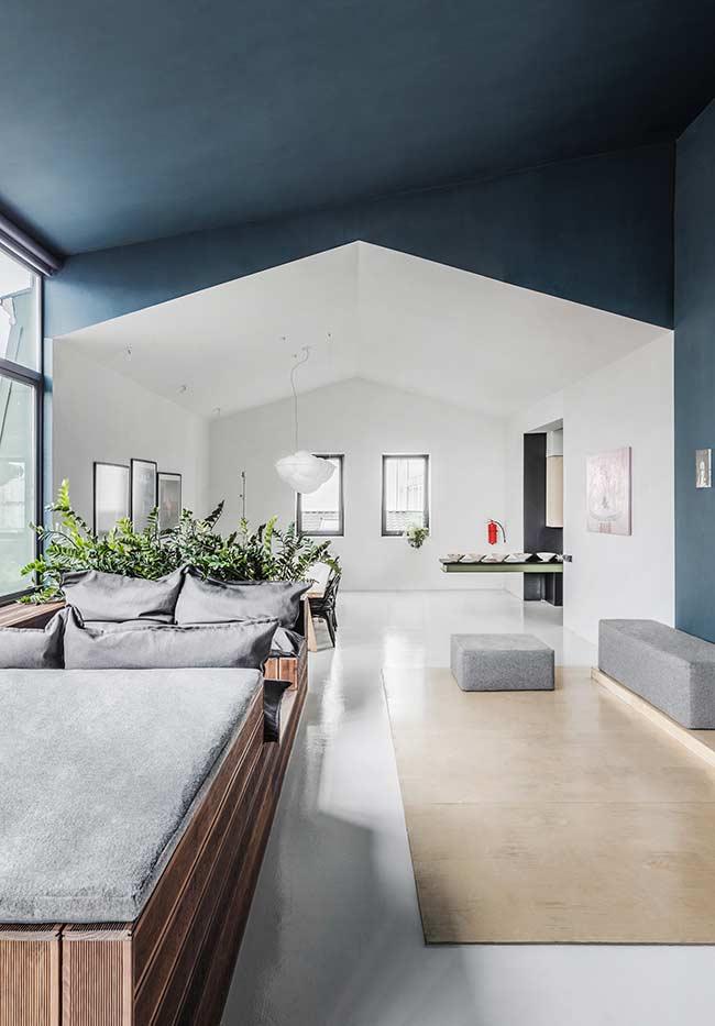 azul petróleo no teto