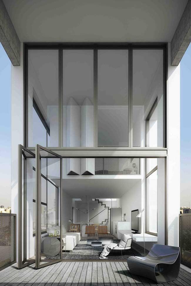 Para não perder a característica neutra e minimalista da decoração opte por um deck de madeira de tom acinzentado