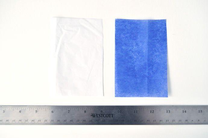 Meça e corte os papéis em retângulos
